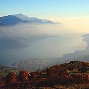 Comersee-Panorama im Herbst